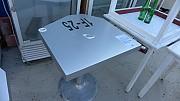 디자인 테이블 600x600=9개